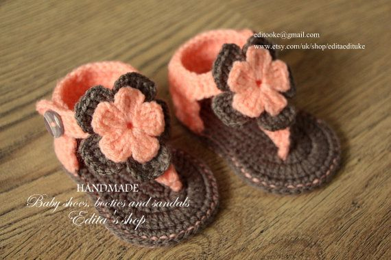Stylish Eve Crochet Baby Shoes Pattern