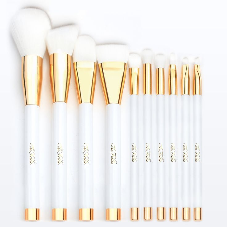 TheFellie Makeup Brush Set, Professional Foundation Blending Blush Concealer Eye Face Liquid Powder Cream Cosmetics Makeup Brushes, White Gold 10 Pieces. Unique White Gold Intersecting Design - Gorgeous and luxurious white catches your eyes and enriches your vision. This cosmetic brush set is the best gift for your friends and family. Versatile 10pcs Cosmetics Brush - The set is completely suitable for a wide range of products, includes power brush, angled foundation brush, foundation…