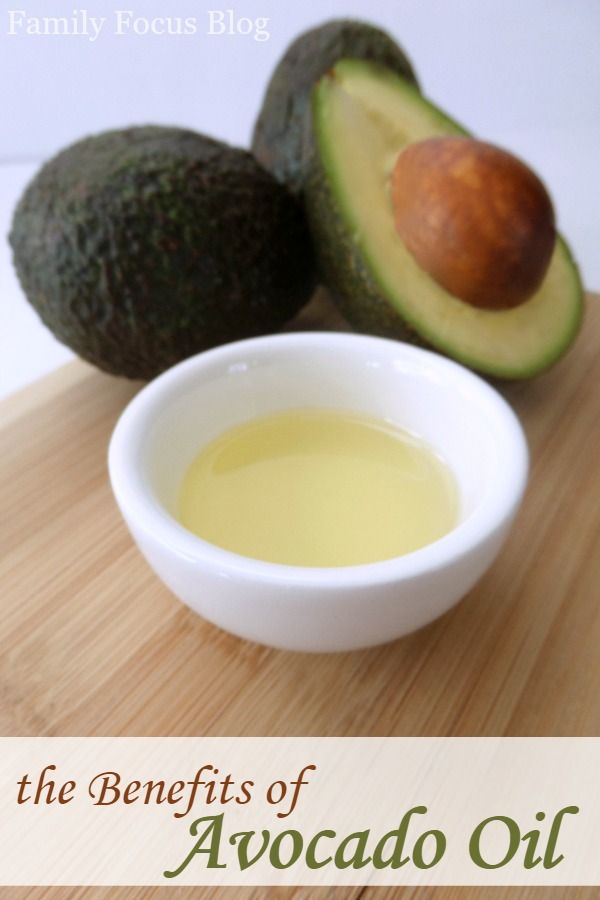Last week I shared a great recipe for an Avocado Facial.  I wanted to take some time today to expand on avocado oil benefits and avocados in general. 9 Av