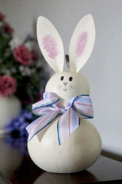 Our new white bunny, Abby, is all ready for the spring season. The Medium is approximately 4 inches in diameter.