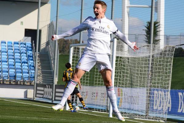 Martin Ødegaard Real Madrid Castilla celebrating his first goal