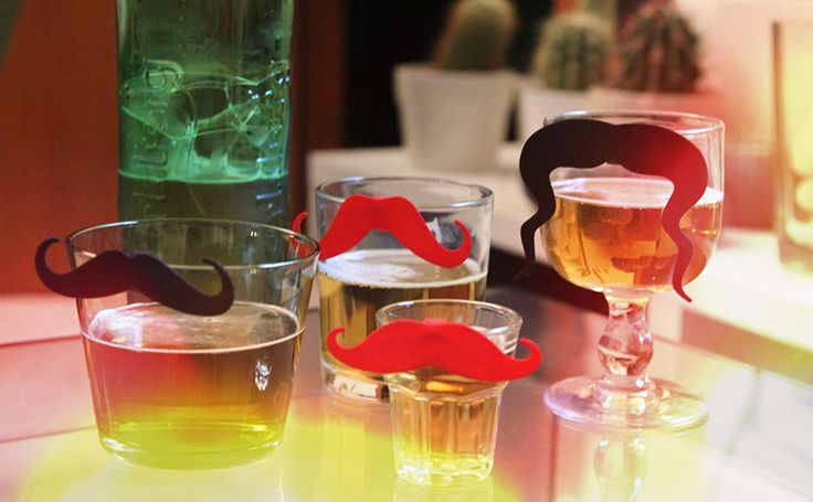 have fun at the bar! glass decoration here http://shpws.me/rKC9