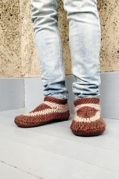 Muffle Slippers Men: Brown