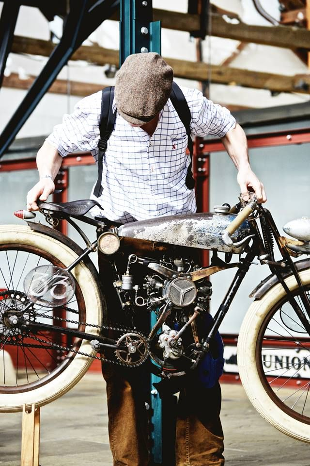 When brilliant minds don't think alike | Peugeot frame, & a Radial Engine from an RC Airplane (Absolute Brilliance..)