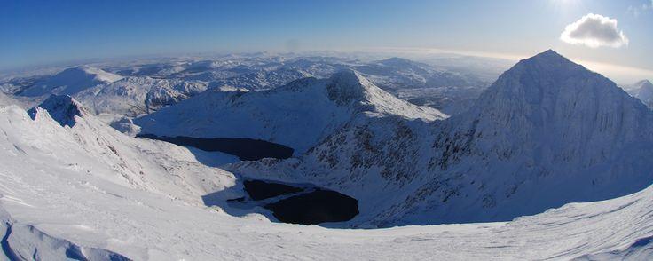 Winter Skills Courses - Snowdon Horse in Perfect Alpine Conditions