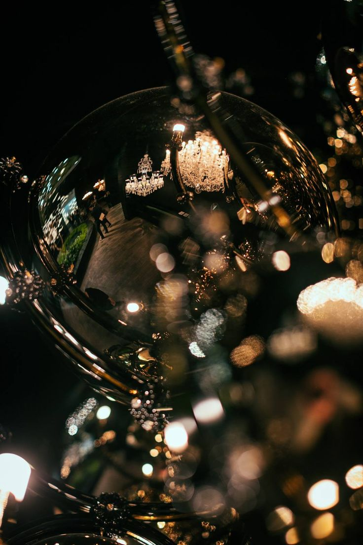 PRECIOSA Lighting & Cultivation of Chandeliers. Since 1724. at Salone del Mobile 2017.#preciosamilan, preciosalighting #light #lighting #designlighting #luxurydesign #interiorstyle #hospitalitydesign #crystal #bohemiancrystal #chandelier #cultivationofchandelier #brilliance #euroluce #euroluce2017 #architecturelovers #milandesignweek #milandesignweek2017 #milan