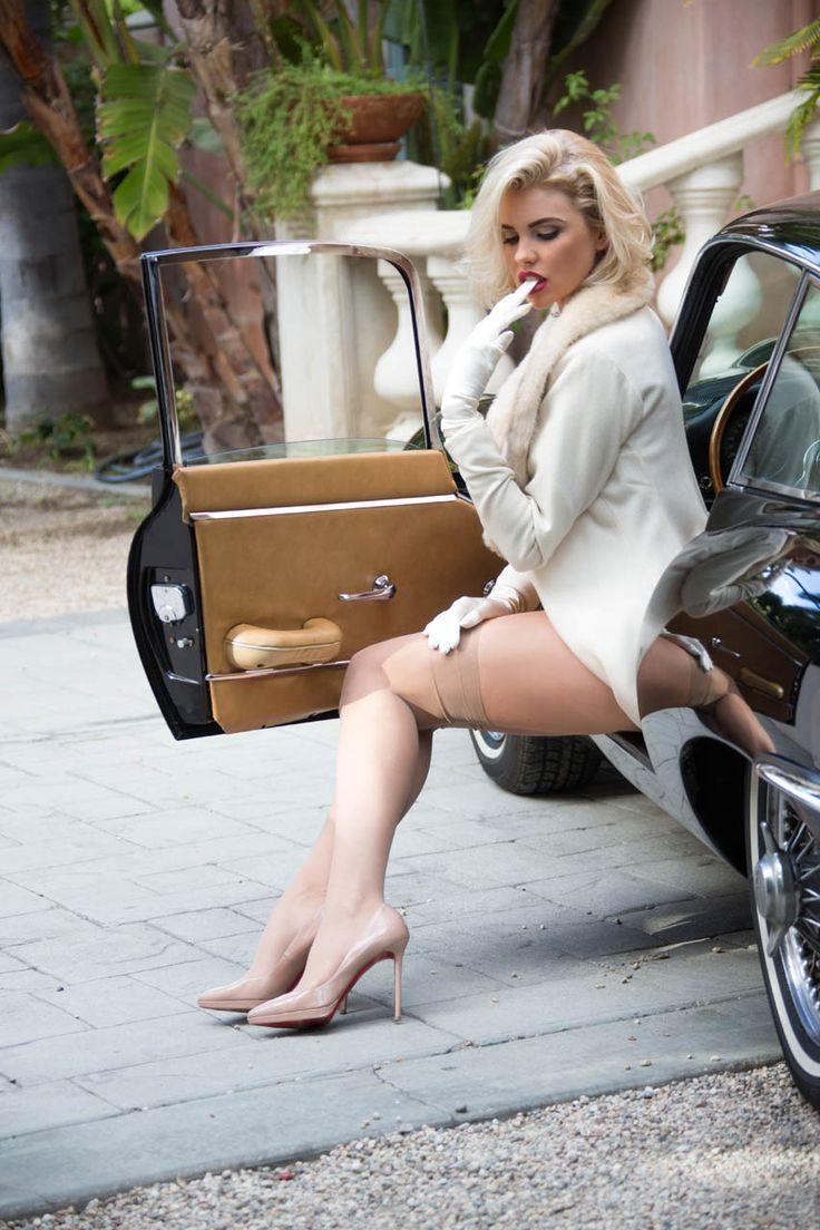 Khloe Kardashian photos