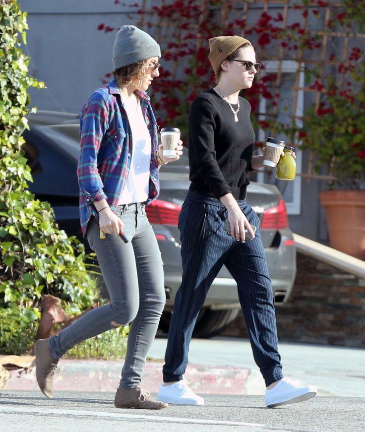 Hot Lesbian Couple 104