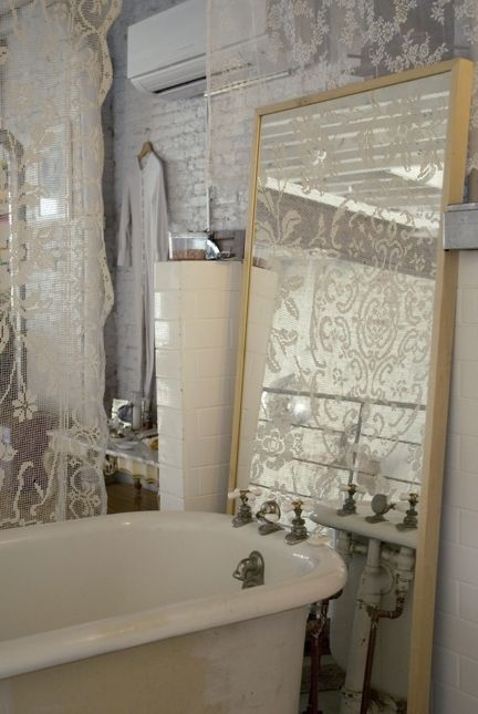 Bathroom, Mirror. White, Grey, Chippy, Shabby Chic, Whitewashed, Cottage, French Country, Rustic, Swedish decor Idea.