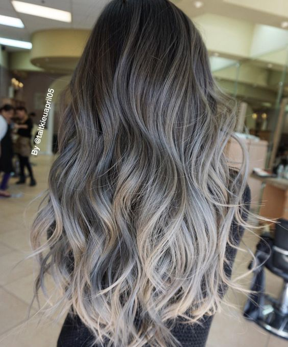 Beige and ash tone wicks http://comoorganizarlacasa.com/en/beige-ash-tone-wicks/ #Beauty #Beautytips #Beigeandashtonewicks #Hair #Hairstyles #Trends