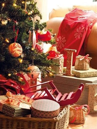 Inturage Classic Christmas Home Decoration 6