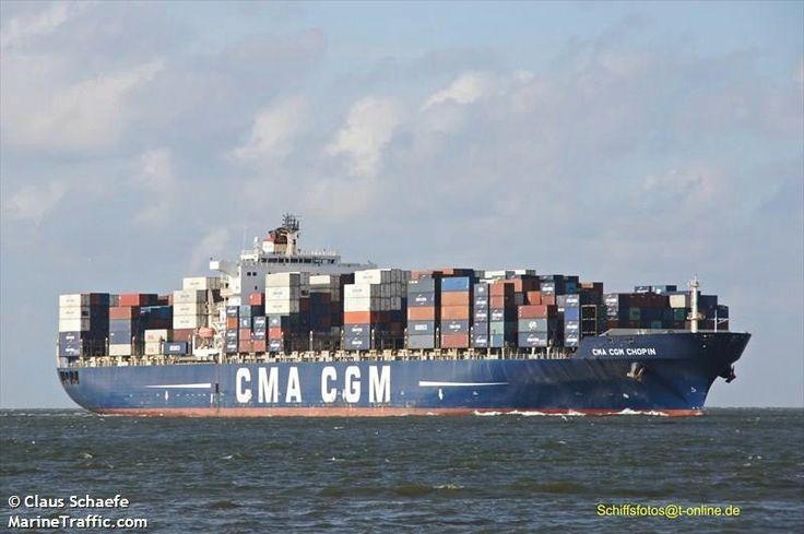 """Buque: """"CMA CGM CHOPIN"""". Año de contrucción: 2006. Tipo: Portacontenedores. Propietario y Operador: CMA CGM - Marsella (Francia). Dimensiones: Eslora 227,28 m. Manga 40 m. Calado 12,4 m. Carga (DWT): 73.235 Tm. Capacidad máxima TEU: 5.782 contenedores. Contenedores frigoríficos: 632. Motor: B&W - tipo: 10K98MC-C. Potencia: 57.000 Kw. Velocidad máxima y media: 17,4 / 16,7 nudos. Identificativo: 9HA3373. IMO: 9280603. Bandera: Malta."""