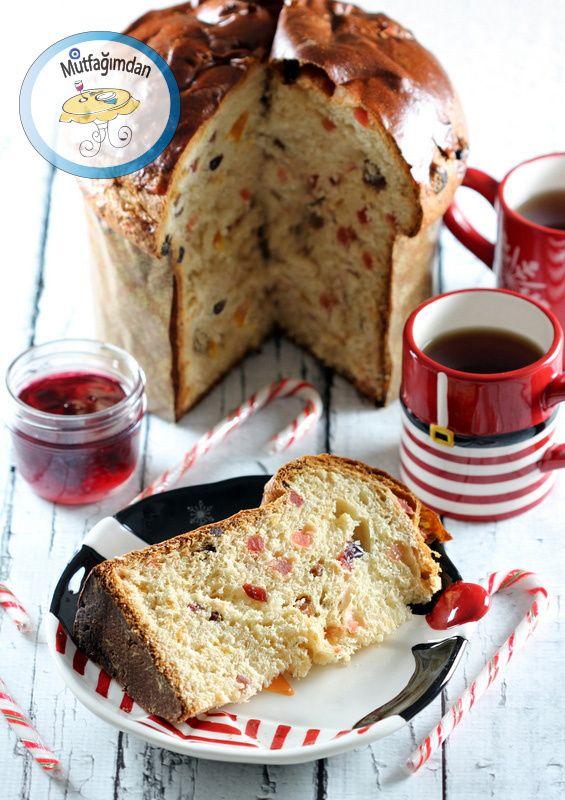 Panettone Italyanlarin Noel zamani yaptiklari tadina doyulmaz meyveli kek ekmek. Kek tadinda ama mayali hamur ile yapildigindan ekmegimsi dokuda. Tereyagi ve yumurta acisindan zengi…