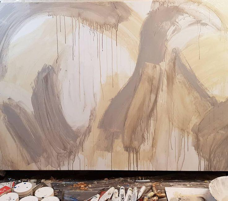 밑그림 #minyoungsuk#storytelling_architecture #2018#frankgehry#gehry#inspiration  #line#mirror#tape#space#minimalism#architecture#architect#building#structure#painting#gold#silver#light#construction#art#elcroquis#touch#squeegees#scrapers#contemporaryart#abstract
