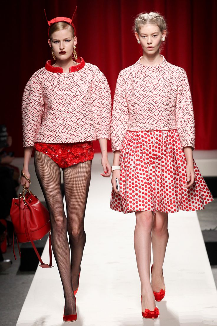 Moschino Spring 2014 RTW - Review - Fashion Week - Runway, Fashion Shows and Collections - Vogue