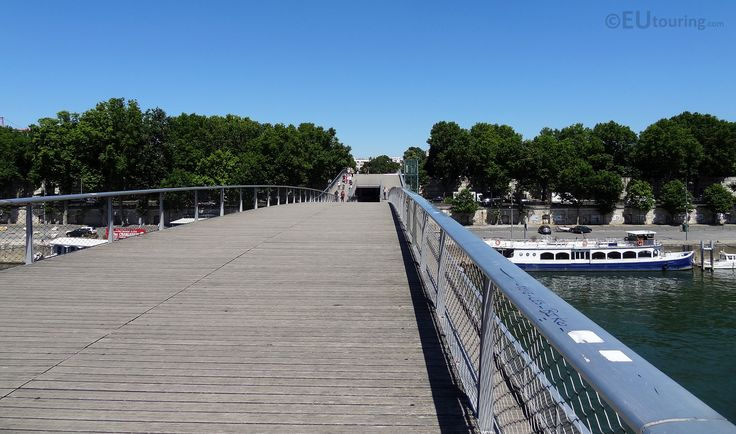 14 best images about passerelle simone de beauvoir on for Passerelle definition