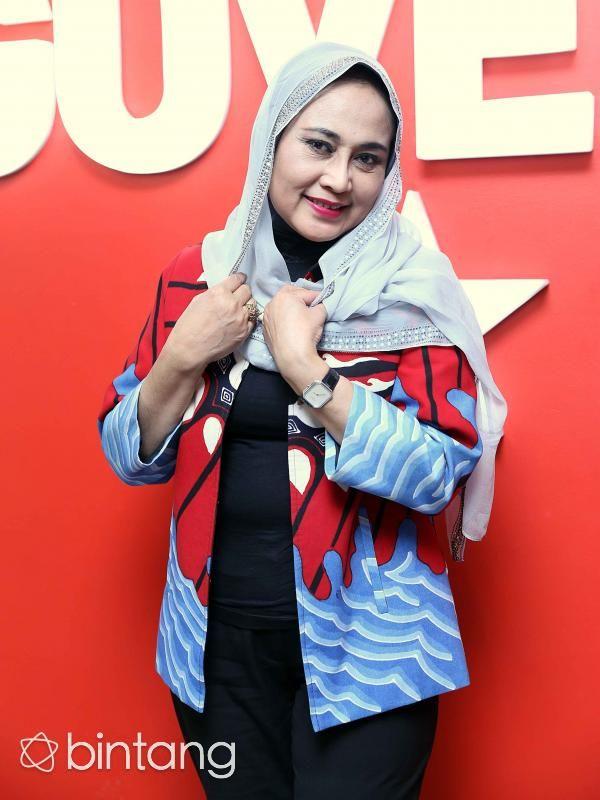 Kembali hadir di industri musik, nama Dian Piesesha yang popoler di era 80-an mengeluarkan album terbarunya berjudul 'Aku Ingat Dirimu'. Di bawah naungan JK Record, Dian Piesesha menghadirkan album yang bisa dinikmati dua generasi di era saat ini.  #DianPiesesha #Penyanyi #AkuIngatDirimu #Bintang #Indonesia