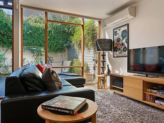 Fitzgeorge -Melbourne Short Term, a Melbourne City Townhouse   Stayz