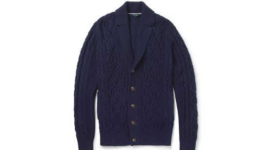 Fear not if you can't knit, this timeless cashmere-blended cardigan from Facconable will make an equally heartwarming Valentine's Day gift this year - http://www.hommestyler.com/valentines-day-gift-for-men/