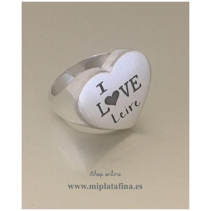 Anillo Corazón en plata de ley, grabado personalizado, especial enamorados para día de San Valentín. #joyasquehablandeti #miplatafina