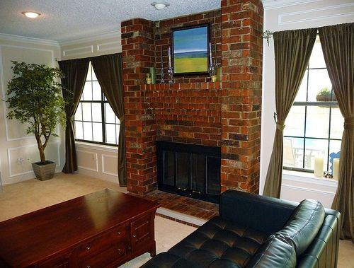 Fireplace Renovation: From Brass to class!