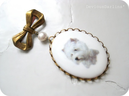 Cute dog puppy brooch, made with vintage parts and one freshwater pearl <3 From Devious Darlins'..