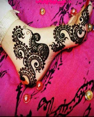 Arabic Mehendi Designs for Foot, Bridal Mehendi Designs 2012. Originally pinned by Carolyn Nicholson