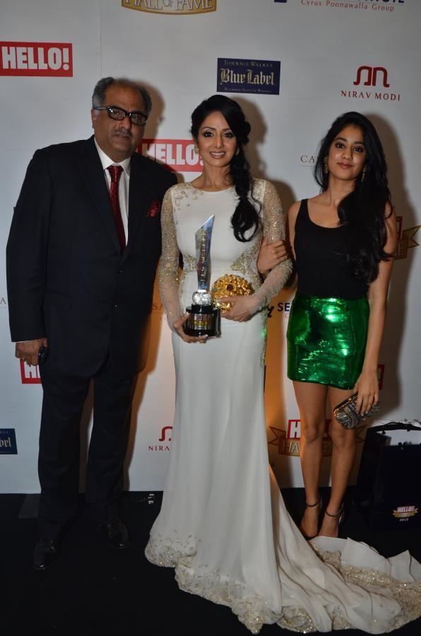 Sridevi, Jhanvi & Boney Kapoor @ HELLO Hall of Fame Awards 2012