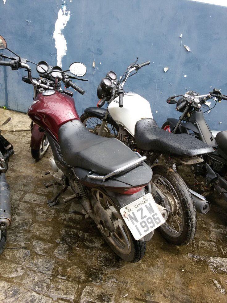 # Noticiário de Hoje #: SIMÕES FILHO: PM prende dupla com moto roubada
