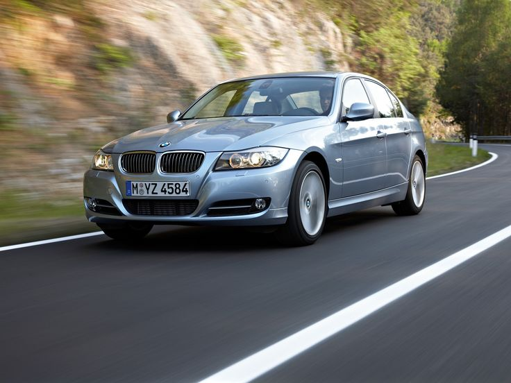 BMW E90 Reviews, History and Online Sales A Quick Overview: The BMW E90 is the fifth generation of BMW 3 Series compact executive luxury sports c... http://www.ruelspot.com/bmw/bmw-e90-reviews-history-and-online-sales/ #BMW3SeriesE90Models #BMWE90 #BMWE903Series #BMWE90Convertible(E93) #BMWE90Coupe(E92) #BMWE90EngineSound #BMWE90Estate(E91) #BMWE90ExhaustSound #BMWE90Exterior #BMWE90GeneralInformation #BMWE90History #BMWE90Interior #BMWE90LuxurySportsCars #BMWE90Prices #BMWE90Review…