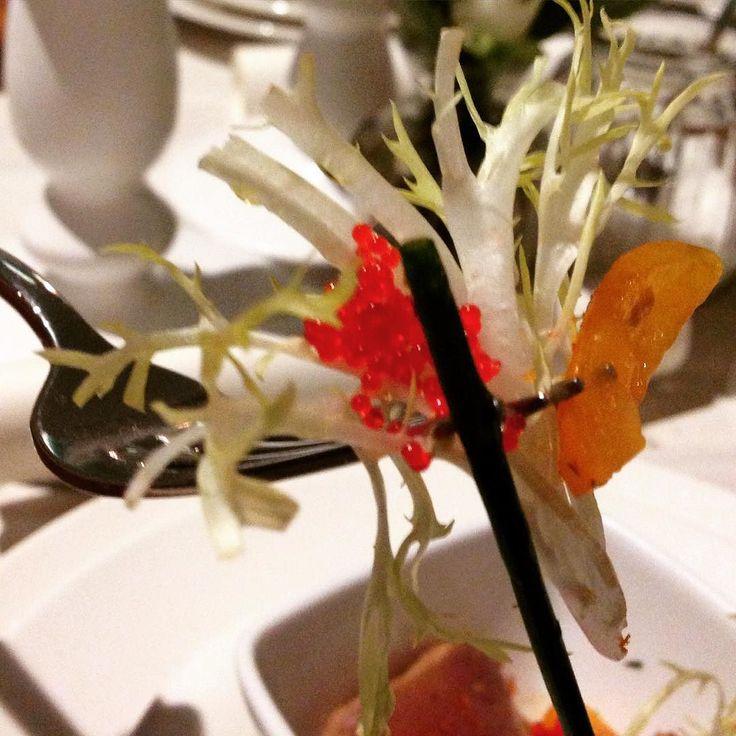 Supperclubfeeling beim Deliveroo Dinner mit Thunfisch Tapas im Ponyhof Artclub #vorspeise #tapas #deliveroo #thunfisch #munich #münchen #fb #muenchen #dinner #ponyhofartclub