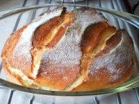 jénaiban sült házi kenyér