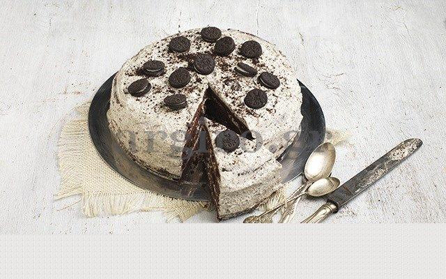 Σοκολατένια τούρτα γεννεθλίων OREO