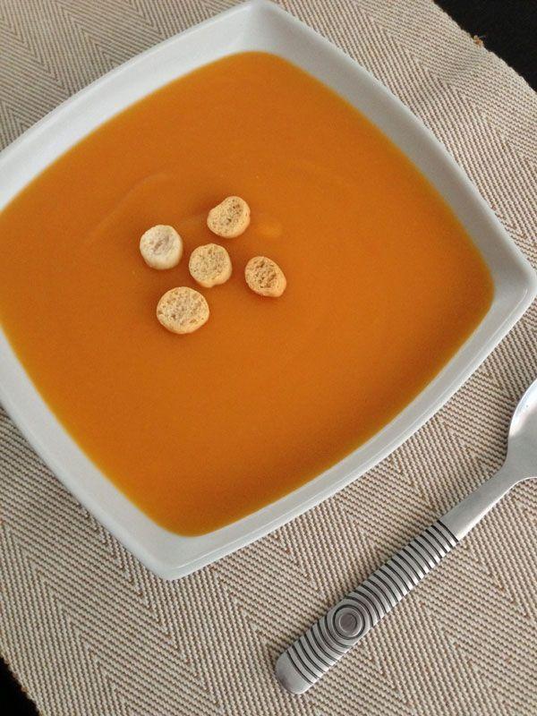 Receta de Crema de zanahorias, patatas y manzana