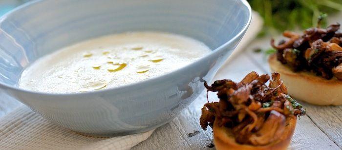 Jordärtskockssoppa med kantarelltoast