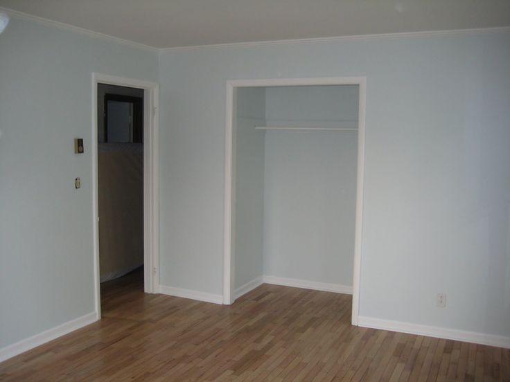 Benjamin Moore Patriotic White Blue Bedroom Project