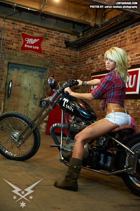 Woman And Motorcycles, Exotic Motorcycles, Bad Motors, Biker Girls, Motorcycles Girls, Country Girls, Motorcycles Babes, Motors Cycling, Motorcycles Pictures