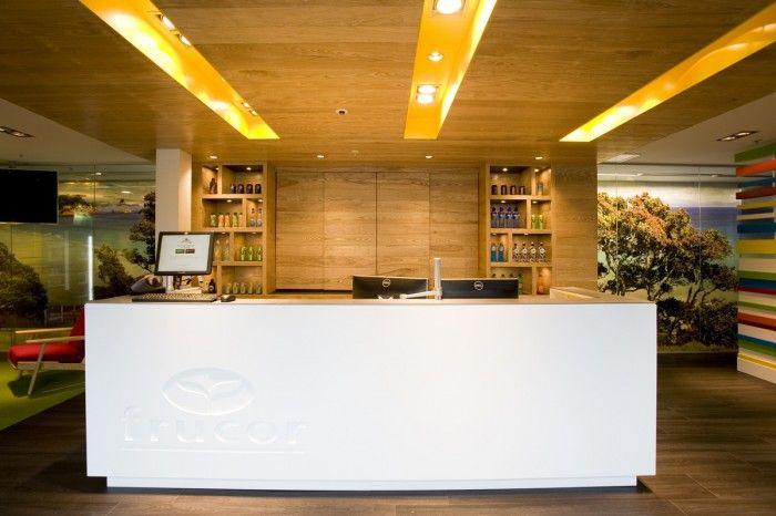 Frucor Beverages Auckland Offices / Spaceworks reception desk