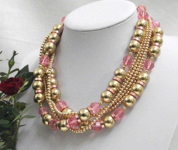 Vintage necklace composed of interwoven strands of by Momentidoro, €40.00