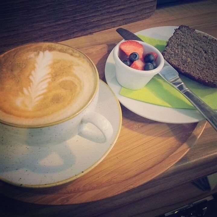 Coconut milk cappuccino, palep banana bread with grass fed butter & fresh summer fruits