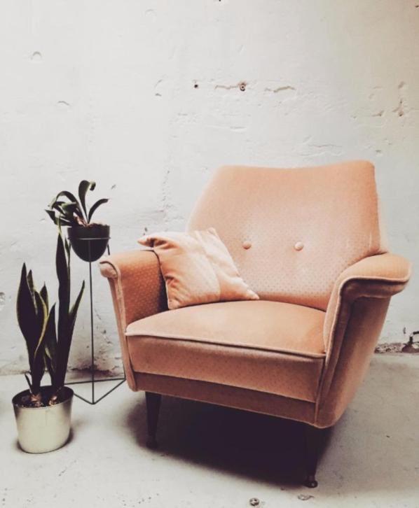 Retro vintage fauteuil - stoel jaren 50, oudroze bekleding