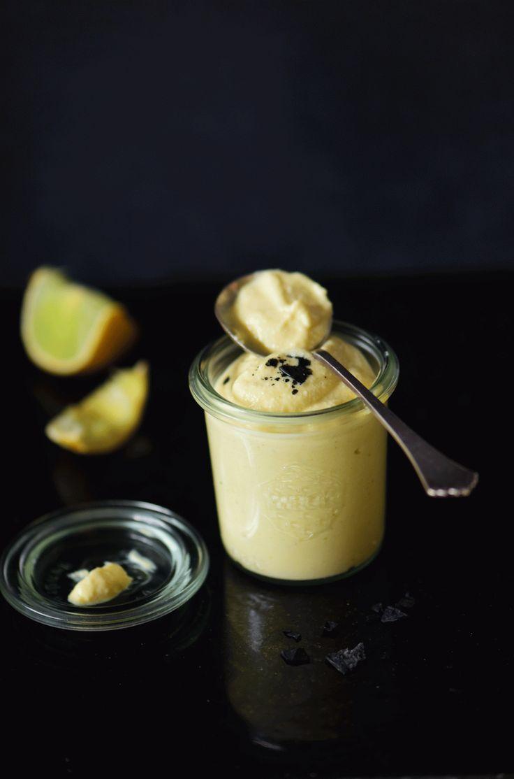 . mayonnaise uden æg Flere og flere indser, at det er en dårlig idé at belaste kloden og klimaet med produktion af animalske produkter. Antallet af veganere stiger dag for dag, og det er noget af d…