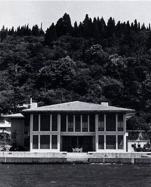 Geçmişin Modern Mimarisi - 3: Boğaziçi