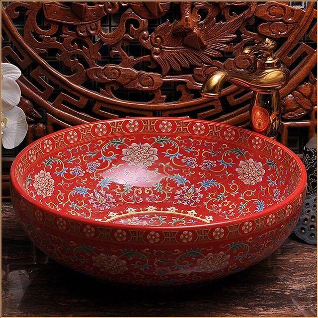 vasque ceramique ou porcelaine Lu0027europe Vintage Style Art Porcelaine Rouge Comptoir Bassin Évier Main  Céramique Salle De Bains Vasques Vanités