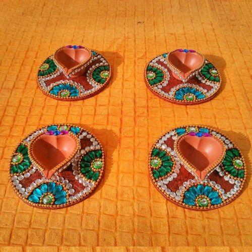 Kundan Diya Plate & Decorative Diya 8 Pice - Online Shopping for Diyas and Lights by Dipti Art & Craft