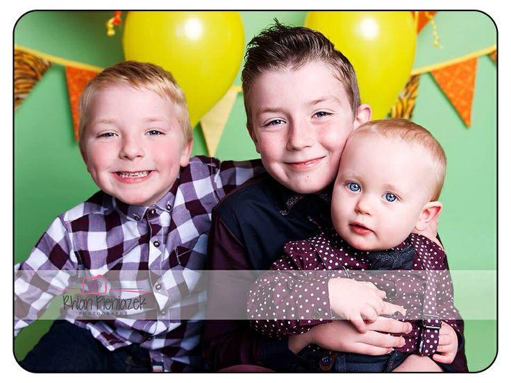 Families. Brothers. Rhian Pieniazek Photography.