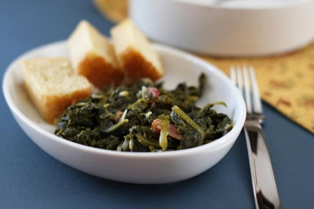 A traditional New Year's Day menu with cornbread, mustard greens, and black-eyed peas. This menu will bring you good luck in the coming year.