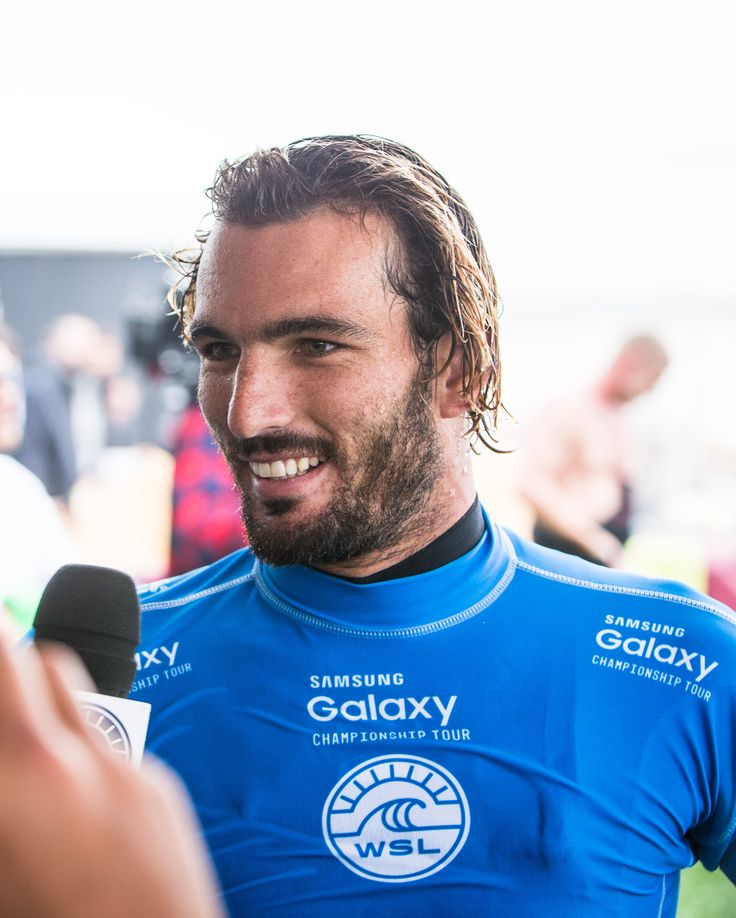 Frederico Morais after eliminating world no. 1 Mick Fanning at the 2015 #MocheRipCurlPro
