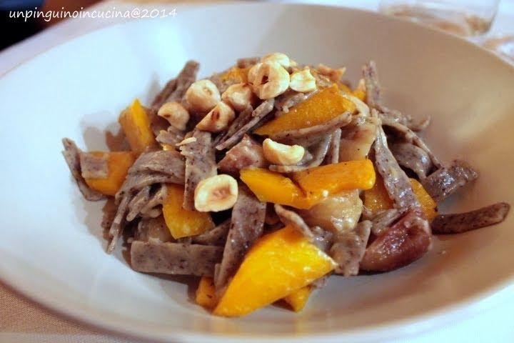 Un piatto colorato? Pizzoccheri con zucca, castagne e nocciole