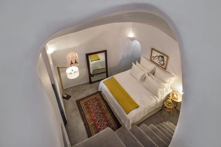 #cocomat #bedmatress #topmatress #sleeping #experience #Oia #Santorini #Greece #easyliving #interiors